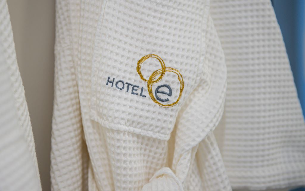 Hotel E Bathrobes
