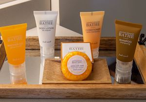 Hotel E Bath Amenities