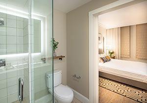 E Hotel Room and Bathroom 413